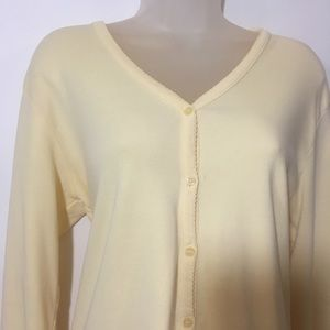 Liz Claiborne yellow lightweight button cardigan L